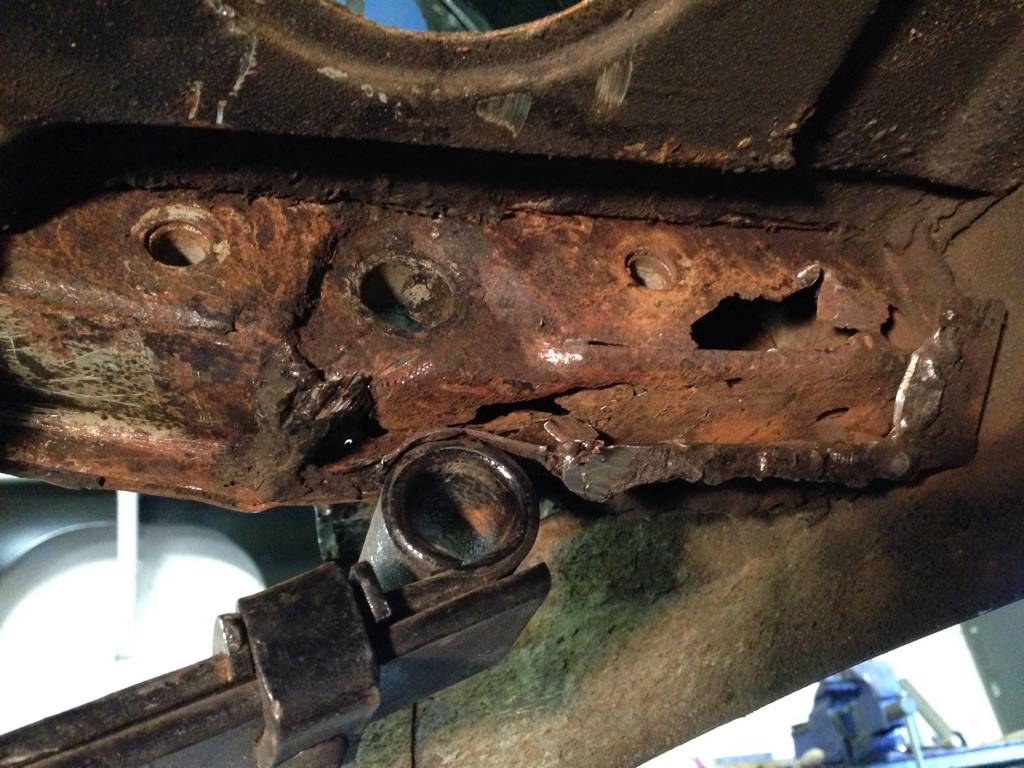 Rear spring bracket in poor condition
